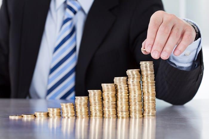 Geldmünzen_Geldanhäufung_Zinseszinseffekt_FinMent.jpg